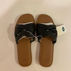 A New Day Wide Width Padded Slide Sandals NWT